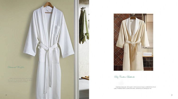 100% Cotton Soft White Bathrobe All Seasons Style