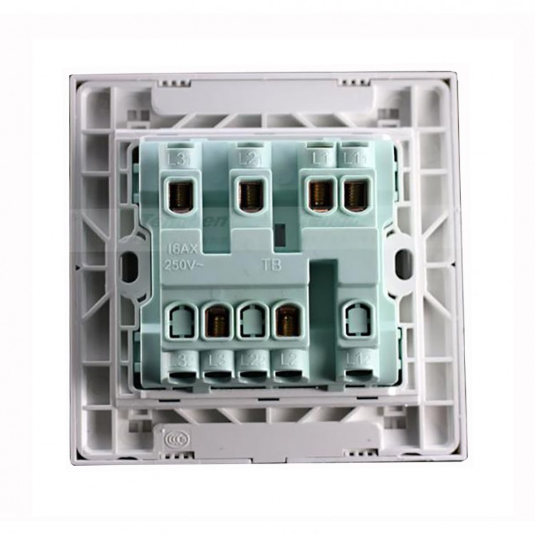 3 Gang/1 Way Switch with Fluorescent Large Plate 16A