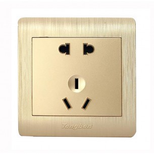5 Hole Socket 10A